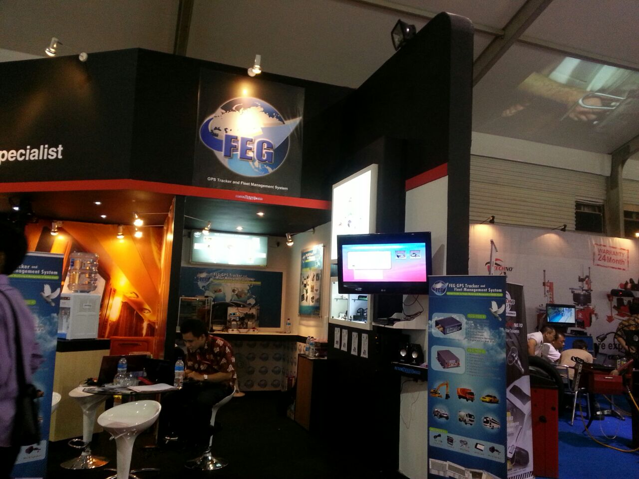FEG GPS Team in stand